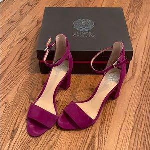 Fuchsia suede Vince Camuto block heel shoes
